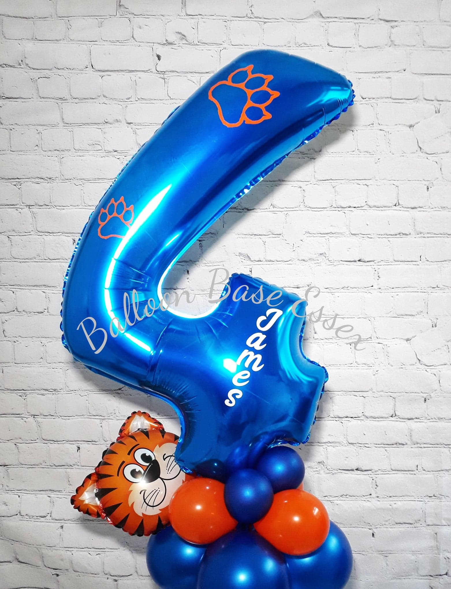 Balloon number four balloon with tiger