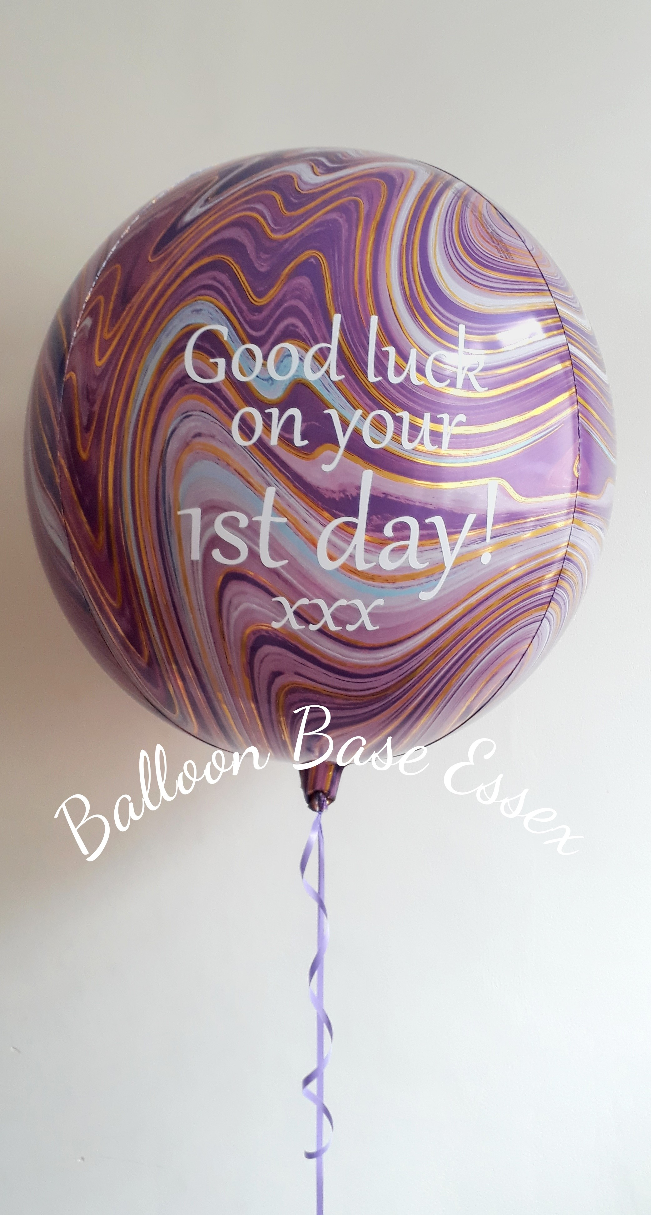 Purple white and gold marble pattern balloon