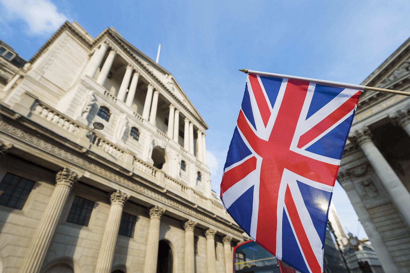 London Forex witnesses significant turnover