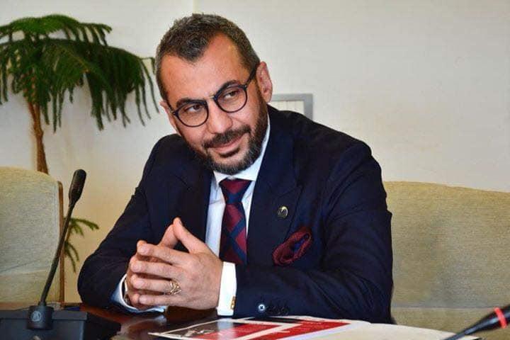Arman Nur returns to Italy