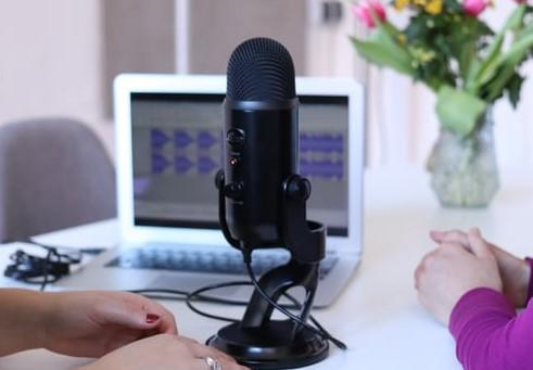 Condenser Microphone - Blue Yeti