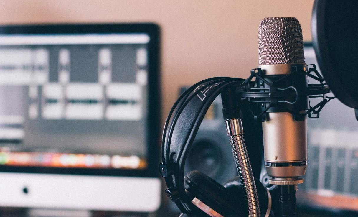 Digital Audio Workstation - DAW - Podcast Overhaul