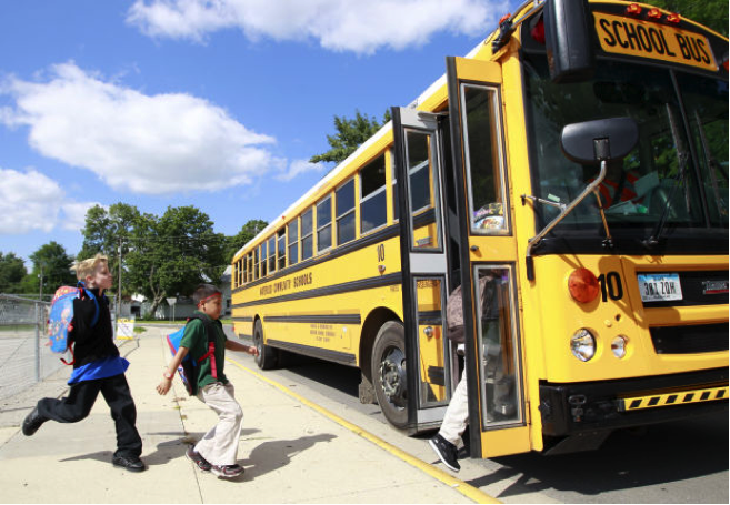 8 TIPS FOR SAFE BACK TO SCHOOL DRIVING